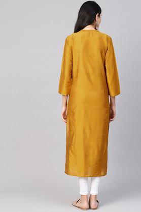 Womens Mandarin Collar Slub Kurta