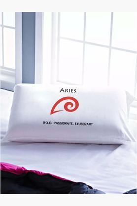 STOA PARISWhite Zodiac Pillow Cover (Pillow Cover (Taurus)