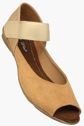 RAW HIDE Womens Casual Slipon Wedge Sandal - 201555163