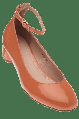 VAN HEUSENWomens Heel Shoe