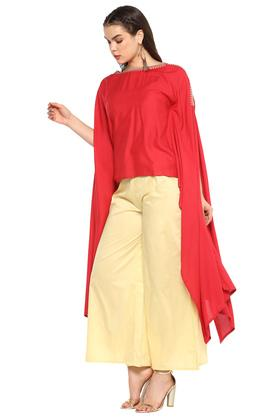 Womens Boat Neck Solid Top