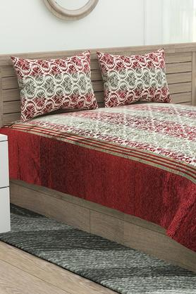 Printed Double Bed Cover with 2 Pillow Covers and 2 Cushion Covers