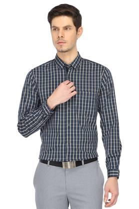 beb48b00dd370a Buy Peter England Shirts, T-Shirts, Pants, Blazers & Trousers Online ...