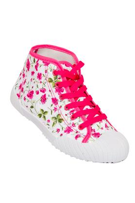 Girls Casual Wear Lace Up Sneakers
