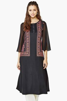 GLOBAL DESI Womens Bell Sleeved Crepe Kurta