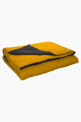 STOA PARISYellow Grey Reversible Microfiber Comforter (Comforter (Double)