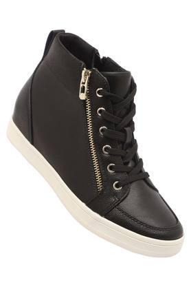 Womens Casual Wear Laceup Sneakers