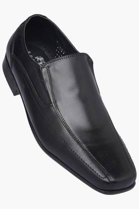 RED TAPE Mens Leather Slipon Formal Shoe - 200874652