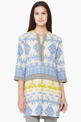 AND Women Printed V- Neck Kurti  ...