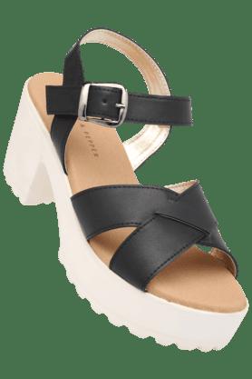 LEMON & PEPPERWomens Casual Ankle Buckle Closure Wedge Sandal