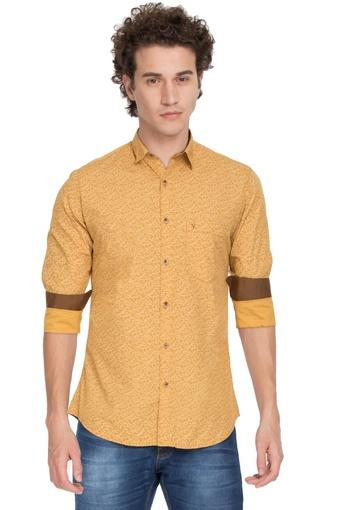 VAN HEUSEN SPORT -  Yellow Shirts - Main