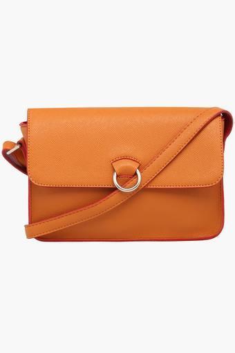323a8a7680c0 Buy BAGGIT Womens Snap Closure Slingbag