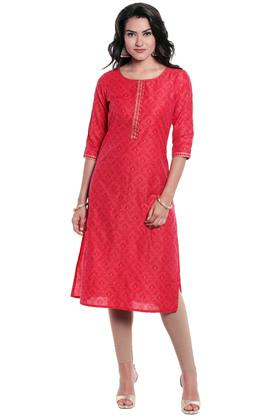KASHISH Womens Round Neck Self Pattern Kurta