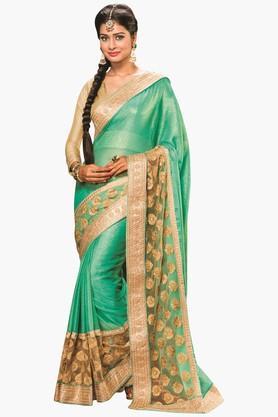DEMARCAWomens Colour Block Zari Embroidered Saree