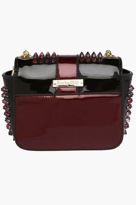 Womens Party Wear Leather Sling Clutch