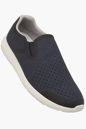 CLARKS Mens Casual Wear Synthetic Slip On Sports Shoes  ...