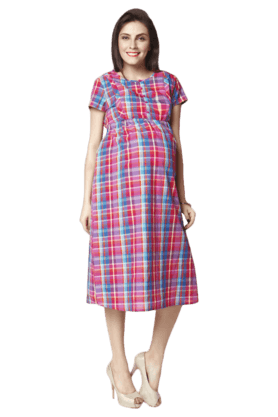 NINE MATERNITY Multi Colour Nursing Gown In Yarn Dye Checks