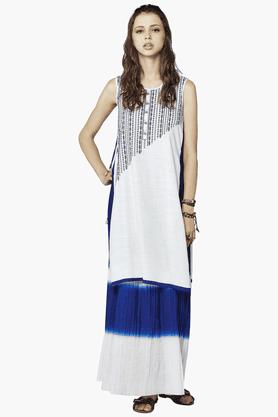 GLOBAL DESIWomens Slim Fit Printed Kurta And Skirt Set - 201214022