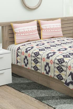 Africana Printed King Bed Sheet with 2 Pillow Covers