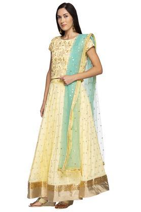 Womens Round Neck Zari Embroidered Lehenga Choli Dupatta Set