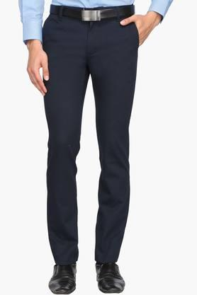 INDIAN TERRAIN Mens Slim Fit 4 Pocket Solid Formal Trousers (Brooknyl Fit)