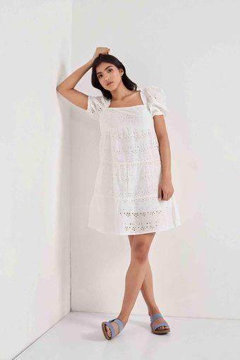 COVER STORY -  WhiteCover Story -Buy 3990/- Get 500/-Off   Buy 6990/- get 1000/-Off - Main