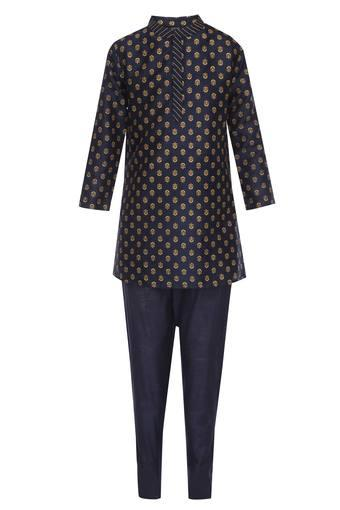 Boys Mandarin Collar Printed Kurta and Pyjama Set