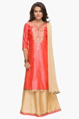 KASHISH Womens Round Neck Embroidered Kurta And Skirt Set