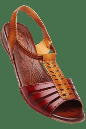 CATWALKWomens Tan Slipon Flat Sandal