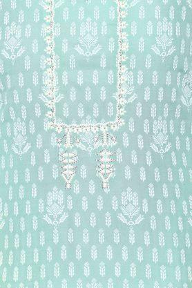 Womens Key Hole Neck Embroidered Kurta