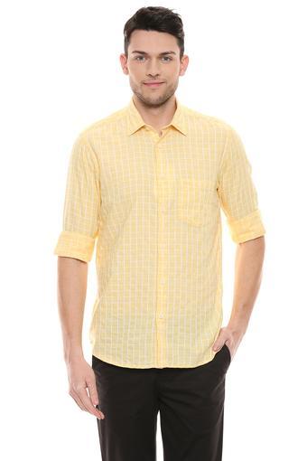 COLOR PLUS -  YellowShirts - Main