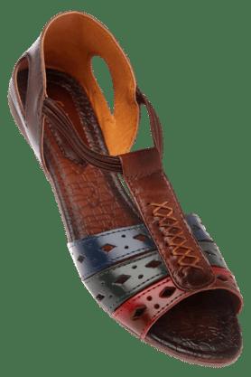 CATWALKWomens Brown Slipon Flat Sandal