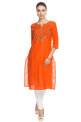 AURELIA Womens Embroidered Kurta