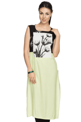 W Womens Printed Sleeveless Straight Kurta