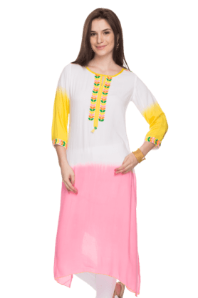 HAUTE CURRY Womens Embroidered Kurta
