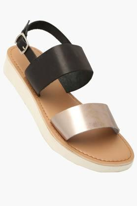 STEVE MADDEN Womens Casual Ankle Buckle Closure Flat Sandals