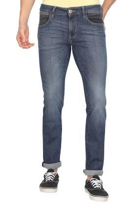 51705d07 Buy Wrangler Jeans, Shirts On Sale Online | Shoppers Stop