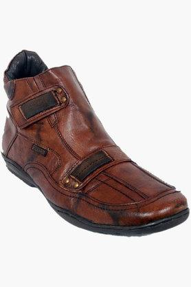 BUCKAROO Mens Leather Slip On Boots