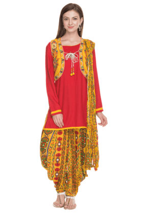 IMARA Women Printed Patiala Suit With Shrug