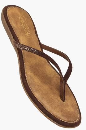 RAW HIDE Womens Daily Wear Slipon Flat Sandal - 201177501