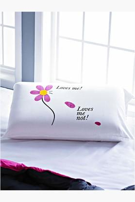 STOA PARIS White Loves Me Loves Me Not Pillow Talk Bedlinen (Pillow Cover)