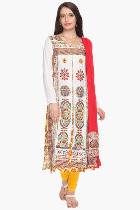 IMARAWomens Slim Fit Printed Churidar Suit