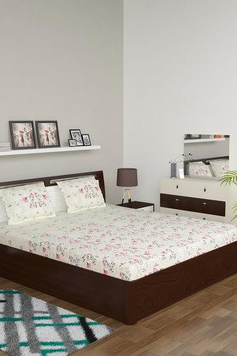 SPACES -  PinkBed Sheets - Main