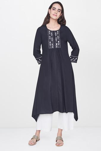 GLOBAL DESI -  Black AND GD Flat 60% Off - Main