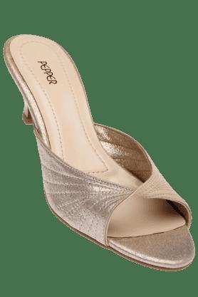 LEMON & PEPPERWomens Golden Slipon Heel Sandal