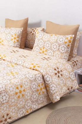 HOUSE THIS The Wily Kaleidoscope 100% Cotton Outer.Inner Polyfill Double Dohar - Beige  ...