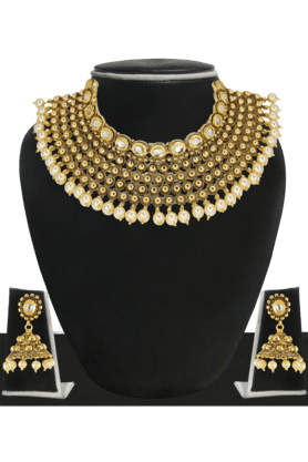 ZAVERI PEARLSWomens Gold Plated Pearl Necklace Set - 200929023