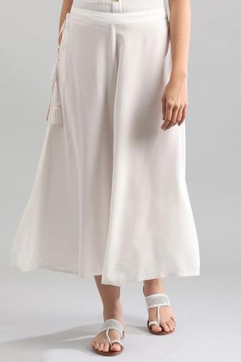 AURELIA -  Off WhiteCapris & Shorts - Main