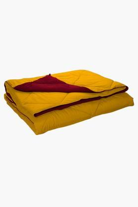 STOA PARIS Yellow Red Reversible Microfiber Comforter (Comforter (Single)