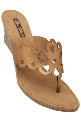 RAW HIDE Womens Casual Slipon Wedge Chappal